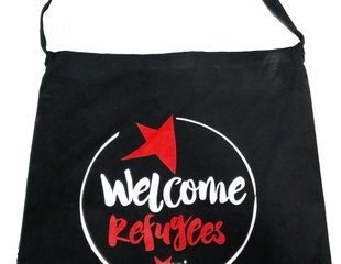 Shopper Welcome Refugees